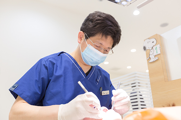 院長は「日本歯周病学会認定医」です